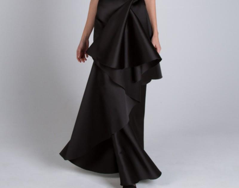 Utilización del bies en los diseños para vestidos de noche de Alta Costura de CRISTINA SAURA.