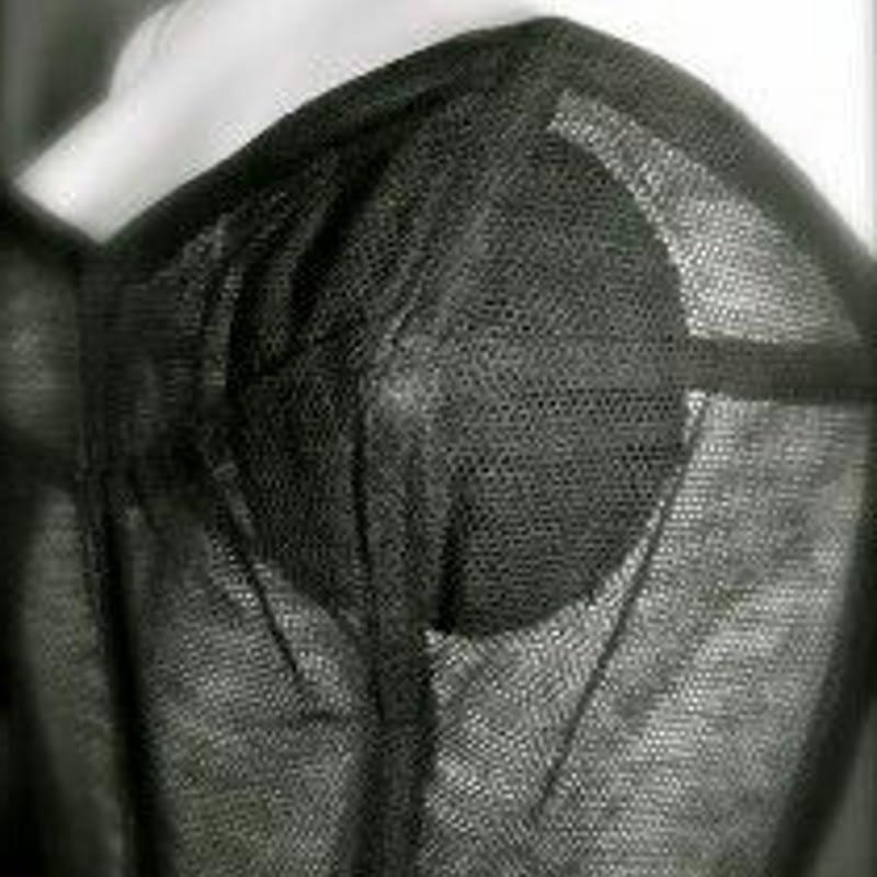 Bajo los vestidos de Alta Costura de Christian Dior. 1948.